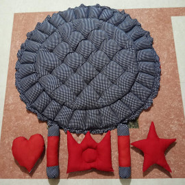 HARD 2 FORGET Baby TUB Bed Round (4 in 1 uses) with 5 Pillows Set Heart Shaped, Star Shaped, Cylindrical Shaped, Crown Shaped Pillows with Different Colours Black and red Colour <small>(Shipping Per: MK978.40)</small>